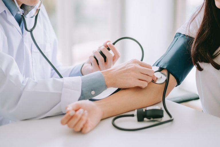 إرتفاع ضغط الدم : كل ما يجب عليك معرفته وكيف تتجنبه