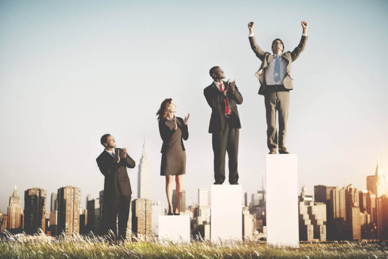 وسائل النجاح في الحياة : كيف تكون شخصا ناجحا