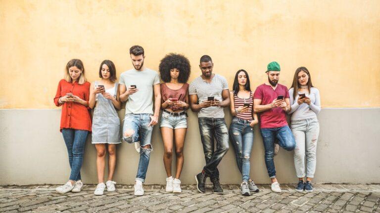 ايجابيات وسلبيات التكنولوجيا : ما الذي غيره وجود التكنولوجيا في حياتنا