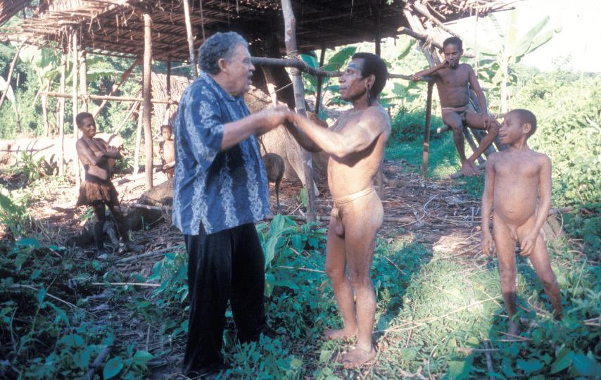 قبائل الكورواي إندونيسيا