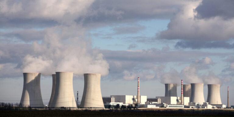 تلوث الغلاف الجوي : كيف يؤثر على حياة الكائنات الحية